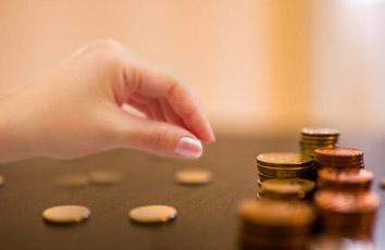 股票和基金哪个适合新手?从两方面来考虑!